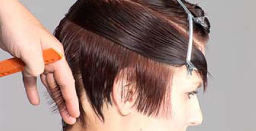 La Plus Belle Coupe Du Moment à Adopter Absolument Le Wavy Short Hair C