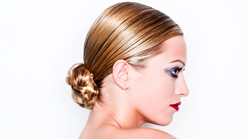 How To Do A Classic Chignon Tutorial