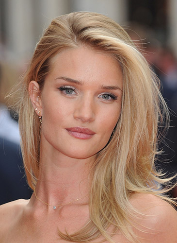 why blonde highlights are perfect for summer hair colour services mhd