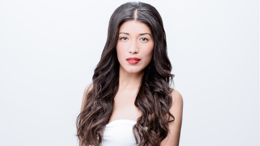 Learn the perfect straight to wavy hairstyle with Snowden Hill >>>